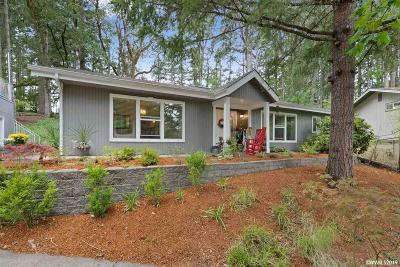 Corvallis Single Family Home For Sale: 2910 NW Skyline Dr