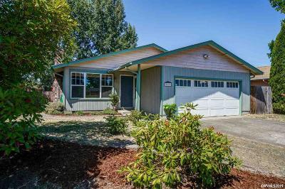 Corvallis Single Family Home For Sale: 2820 SE Glenn St