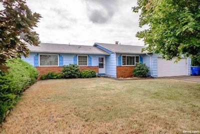 Salem Single Family Home For Sale: 4914 Oak Park Dr