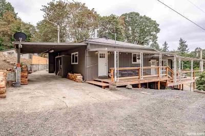 Lebanon Single Family Home For Sale: 38234 Elm St