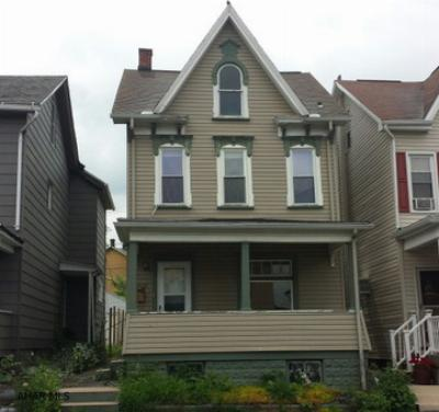 Single Family Home Sold: 2013 5th Avenue