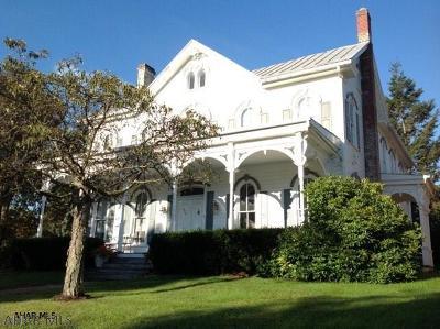 Single Family Home For Sale: 444 S Juliana Street