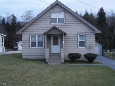 Ebensburg Single Family Home For Sale: 3669 Admiral Peary Highway