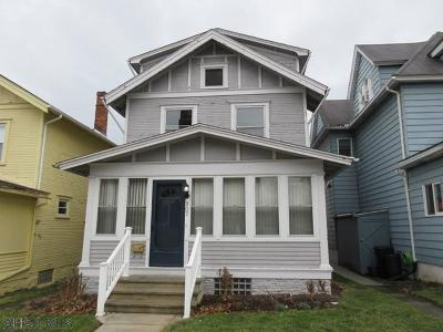 Single Family Home Sold: 907 North 4th Street