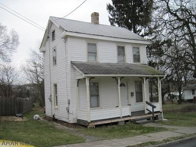 Martinsburg Single Family Home For Sale: 115 South Ann Street