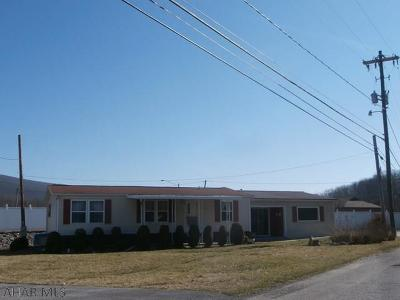 Altoona Single Family Home For Sale: 118 Forge Road