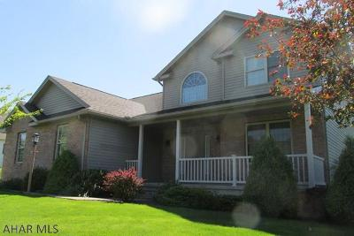 Hollidaysburg Single Family Home For Sale: 173 Clubhouse Drive