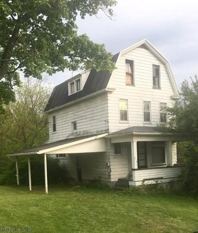 Altoona Single Family Home For Sale: 1101 S Kettle Street
