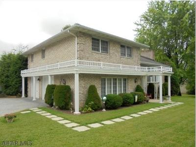 Ebensburg Single Family Home For Sale: 405 Tracy Lane