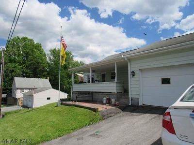 Ebensburg Single Family Home For Sale: 326 E Sample Street