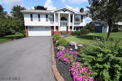 Altoona Single Family Home For Sale: 902 E Atlantic Ave