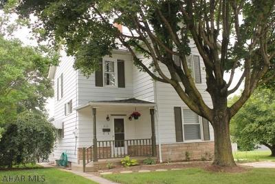 Roaring Spring Single Family Home For Sale: 412 Thomas Street