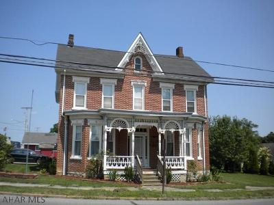 Martinsburg Single Family Home For Sale: 408 W Allegheny St.