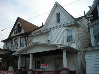 Altoona Single Family Home For Sale: 1913 West Chestnut Ave.