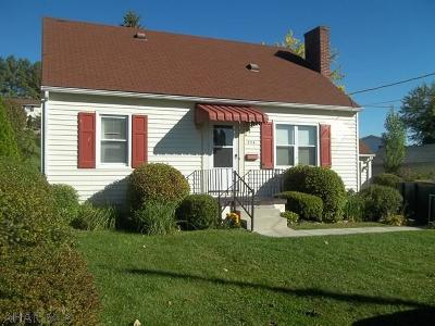 Altoona Single Family Home For Sale: 254 East Fairview Ave