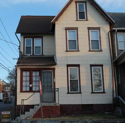 Altoona Single Family Home For Sale: 401 1st Ave