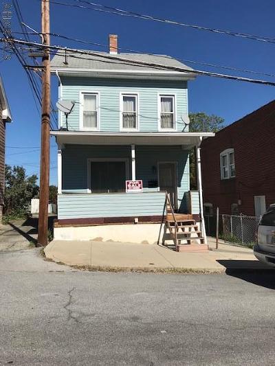 Altoona Single Family Home For Sale: 1208 20th Street