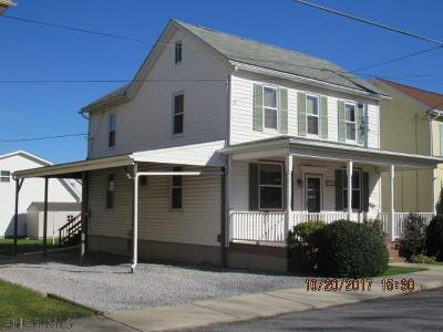 Hollidaysburg, Duncansville Single Family Home For Sale: 318 16th Street