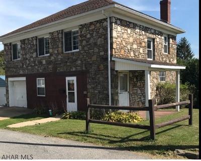 Ebensburg Single Family Home For Sale: 214 Locust St.