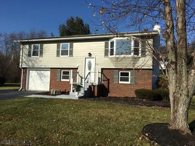 Altoona Single Family Home For Sale: 708 Claybrook Dr.