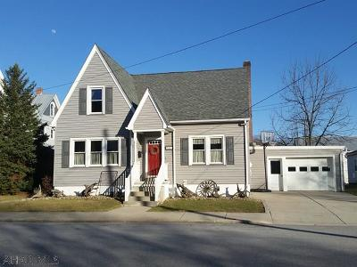 Martinsburg, Roaring Spring, East Freedom, New Enterprise, Woodbury Single Family Home For Sale: 203 Maple Street