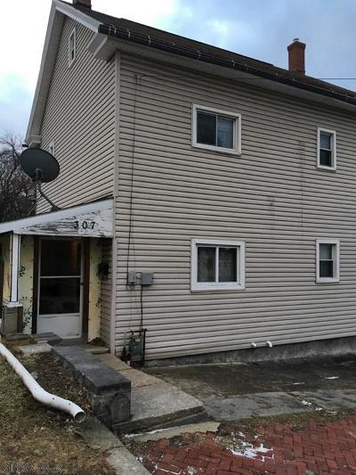 Altoona Single Family Home For Sale: 307-309 10th Street
