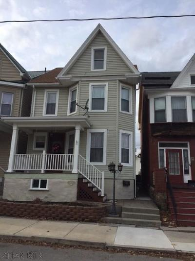 Altoona Single Family Home For Sale: 1004 23rd Ave