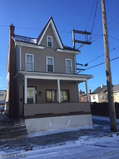 Altoona Single Family Home For Sale: 111 S. 9th Street