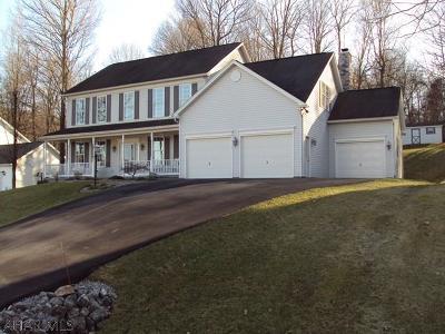 Altoona Single Family Home For Sale: 159 Deerfield Lane