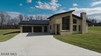 Roaring Spring Single Family Home For Sale: 150 Bradford Lane