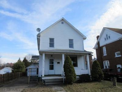 Single Family Home Sold: 41 E Milford Street
