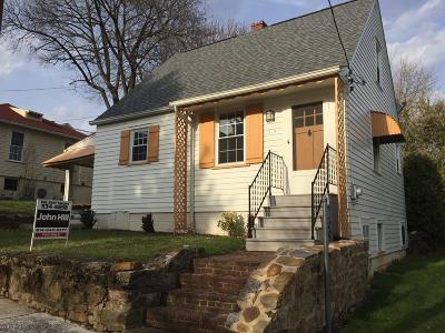 Hollidaysburg PA Single Family Home For Sale: $104,900