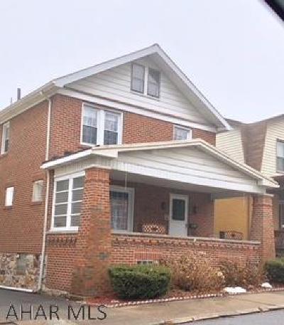 Altoona Single Family Home For Sale: 2216 2nd Avenue