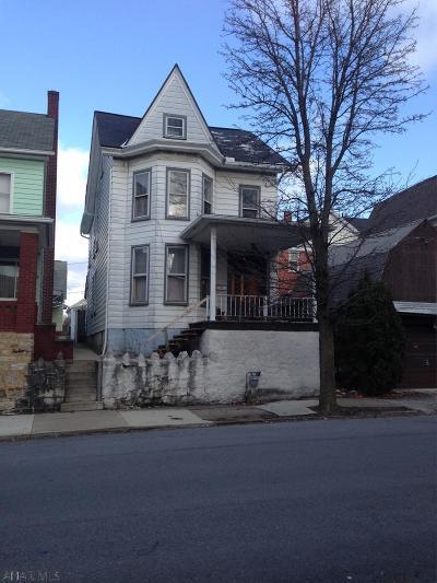 Altoona Single Family Home For Sale: 1304 1st Avenue
