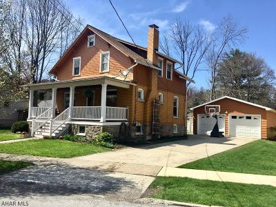 Altoona Single Family Home For Sale: 100 Halleck Place