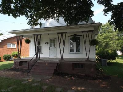 Blair County Single Family Home For Sale: 5122 Kissell Ave.