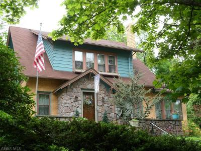 Altoona Single Family Home For Sale: 3206 W Chestnut Ave
