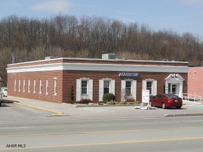 Altoona Commercial For Sale: 2814 Pleasant Valley Boulevard