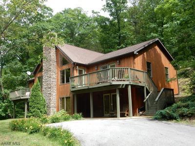 Single Family Home For Sale: 2050 Driftwood Lane