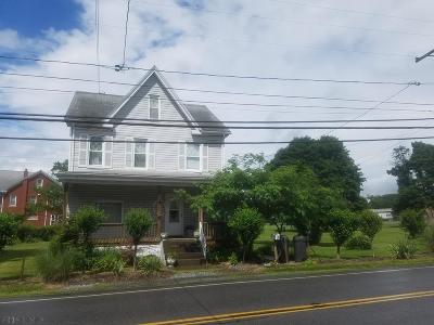 Altoona Single Family Home For Sale: 165 Greenwood Rd