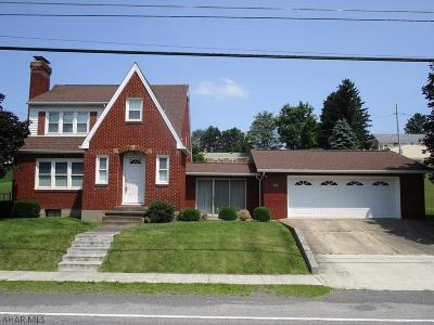 Martinsburg, Roaring Spring, East Freedom, New Enterprise, Woodbury Single Family Home For Sale: 3675 Brumbaugh Road