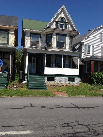 Altoona Single Family Home For Sale: 2422 Beale Avenue