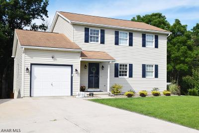 Altoona Single Family Home For Sale: 1618 Fordham Circle