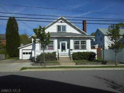 Ebensburg Single Family Home For Sale: 208 North Marian Street