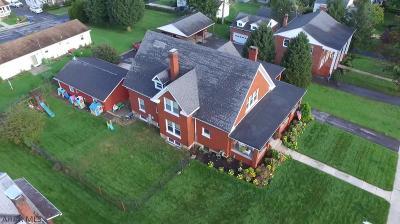 Single Family Home For Sale: 728 S Juliana Street