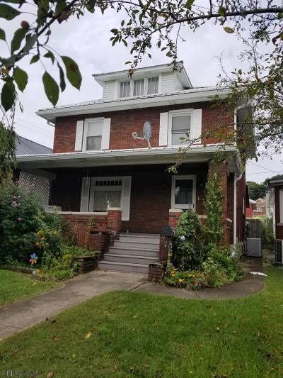 Altoona Single Family Home For Sale: 1930 Logan Avenue