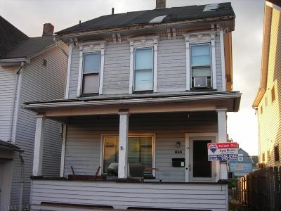 Altoona Single Family Home For Sale: 106 E 4th Ave