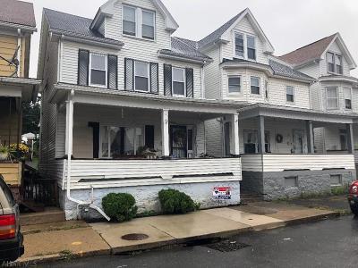 Altoona Single Family Home For Sale: 420 Maple Ave.