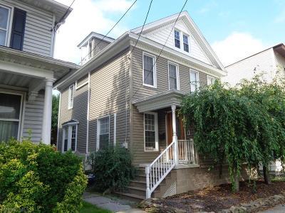 Hollidaysburg Single Family Home For Sale: 605 Penn Street