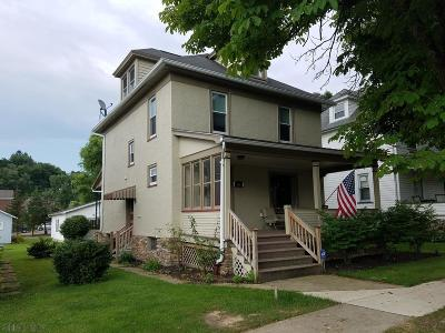 Hollidaysburg Single Family Home For Sale: 610 Jones St.